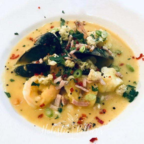 low carb cauliflower seafood chowder
